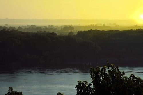 sun river mississippi missouri rise bluff hannibal moring