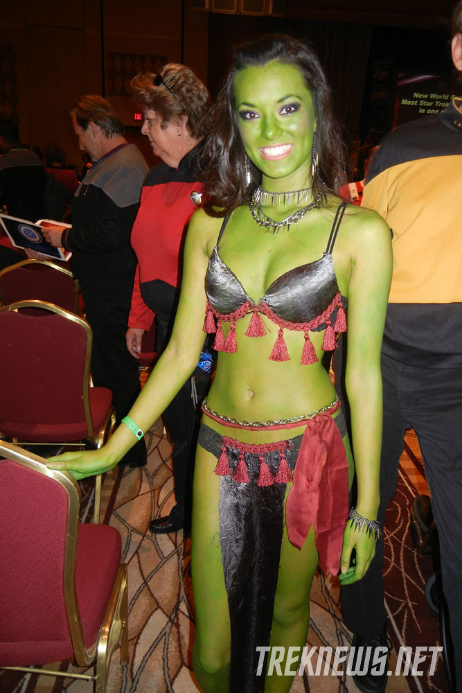 Orion Slave Girl  More Photos At Treknewsnet  Treknews -6363