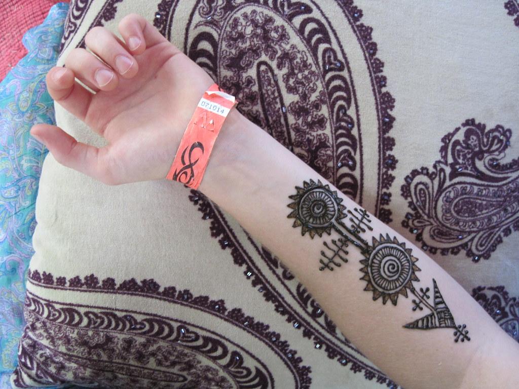 Mehndi Arm Mp : Henna arm piece a photo on flickriver