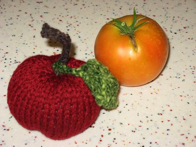 Apple & Tomato 02