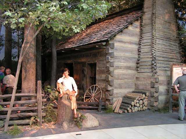 Lincoln S Log Cabin Home Exhibit Abraham Lincoln