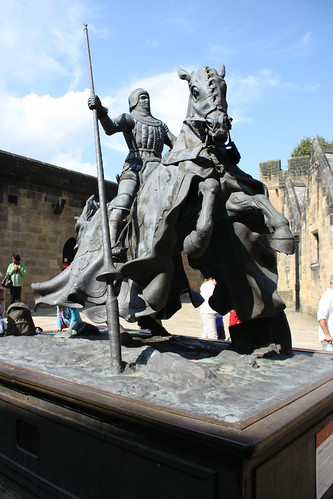 Alnwick Castle - Harry Hotspur Statue