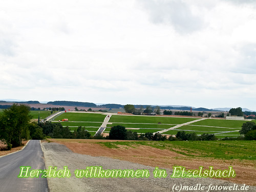 Papstbesuch- Pilgerfeld- Wallfahrtskapelle Etzelsbach im Eichsfeld