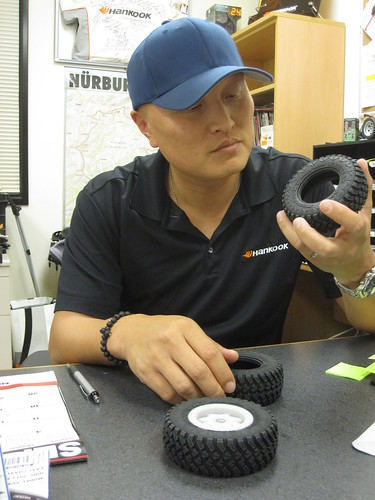 Paul Jho of Hankook checks out the Axial Version Hankook Dynapro M/T
