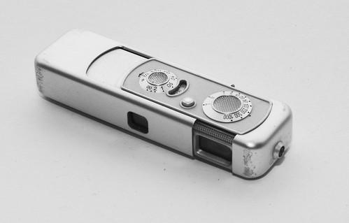 Minox IIIS - Camera-wiki.org - The free camera encyclopedia