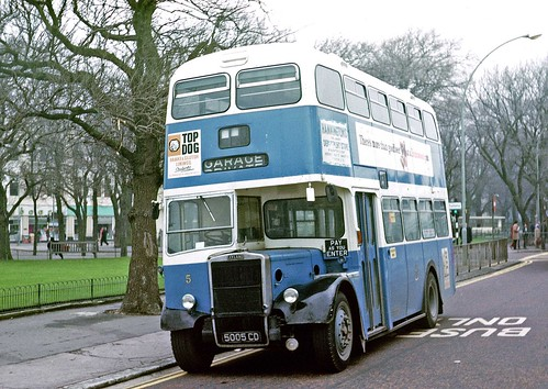 Brighton Corporation: 5 5005CD 1961 Leyland PD2/37 Weymann H64F on Old Steine
