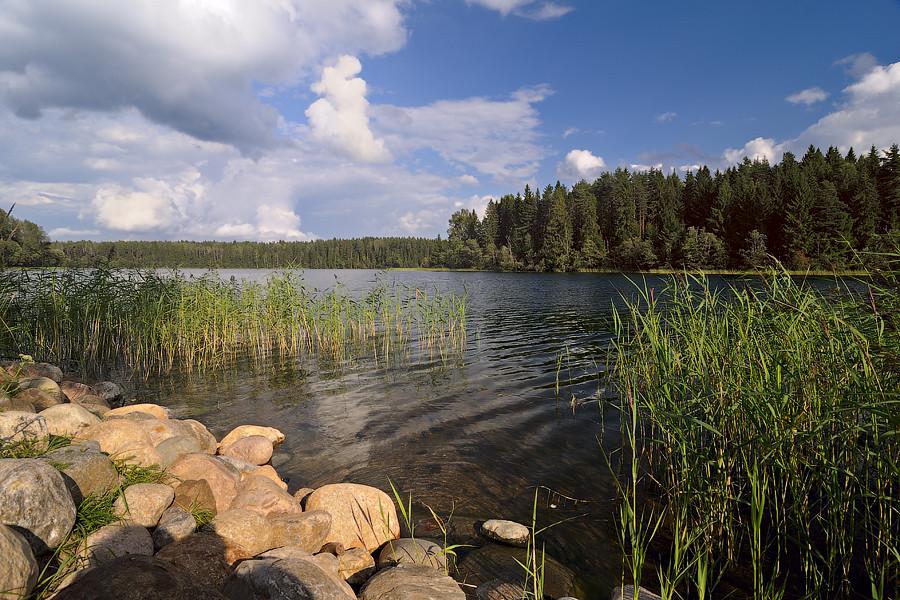 Uzhin Lake