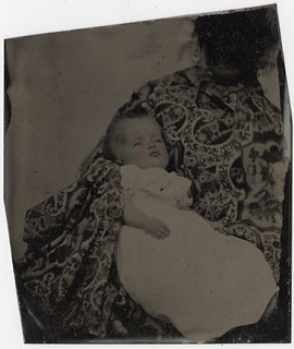 "Post Mortem Baby? - ""Hidden Mother"" - Cased Tintype Removed from the Mat"