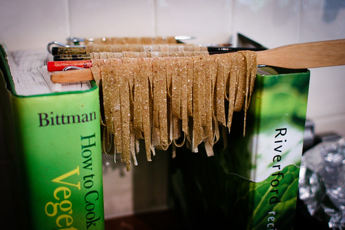Drying chestnut pasta
