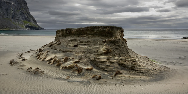 noruega-playa-monticulo