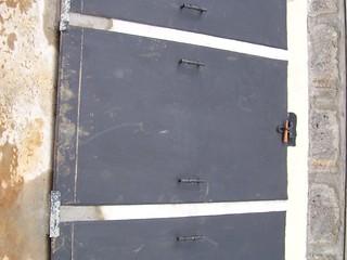 Faeces vault doors