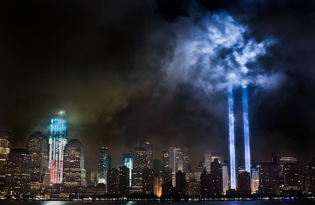 6142587054 b091e02ea7 z Amazing Photos Of The 9/11 Tribute In Light