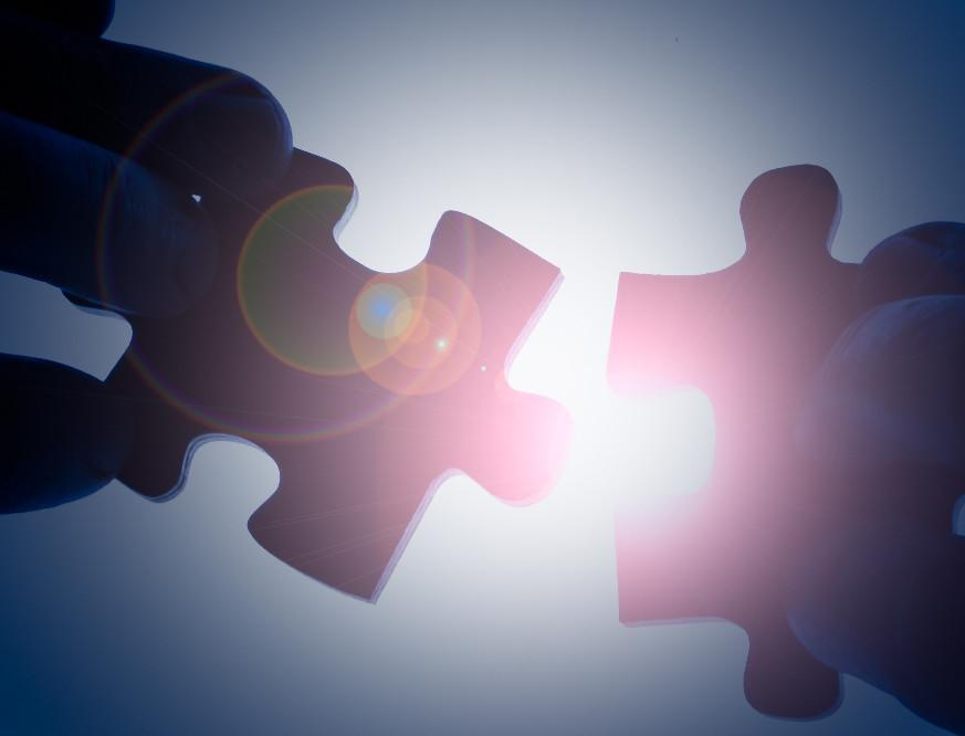 puzzle hands photo