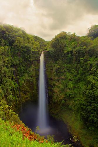 longexposure hawaii waterfall le akakafalls ndfilters mikekline michaelkline notkalvin notkalvinphotography