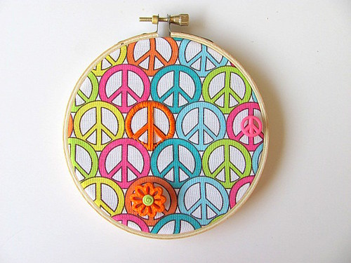 Retro Peace Hoop