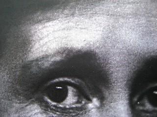 Virginia Woolf, Voltando pagina. Saggi 1904-1941. ilSaggiatore 2011;  [responsabilità grafiche non indicate]; alla cop.: ©Hulton-Deutsch Collection/Corbis. Copertina (part.) , 12