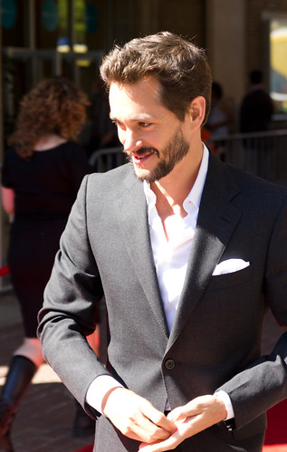 Nice Hugh Dancy photos
