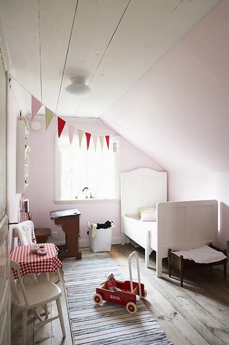 Pale pink kids room