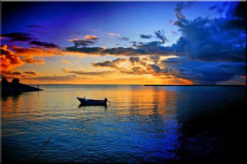 "sunset sea water beauty japan boat mr 日本 sensational okinawa 沖縄 海 船 日の入り ニッポン photographyrocks excapture thebestofday gününeniyisi ""flickraward"" flickrunitedaward today´sbest 北前 ""flickrtravelaward"""