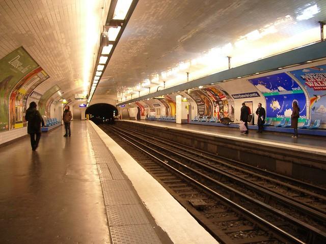 Station notre dame de lorette flickr photo sharing - Metro notre dame de lorette ...
