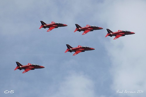 RAF Red Arrows over Carrick Roads 10th August 2011 by Claire Stocker (Stocker Images)