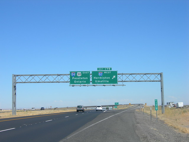I 82-84 Intersection | Near Hermiston, Oregon | By ... Y Intersection