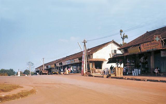 Dãy phố Chợ cũ An Lộc