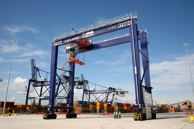 Rubber Tyred Gantry Cranes Translate : Rubber tyred gantry crane flickr photo sharing