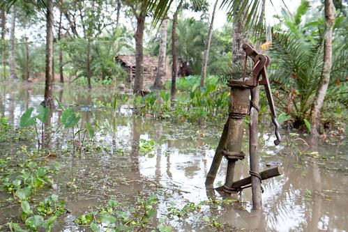 bangladesh floods redcross healthandsafety charities ifrc redcrecent jessoredistrict khulnadivision redcrossireland irishredcrossblog