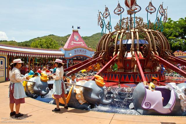 HKDL July 2011 - Wandering through Fantasyland