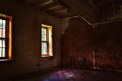 windows brick wall canon hospital room asylum hdr westonstatehospital 60d transalleghenylunaticasylum