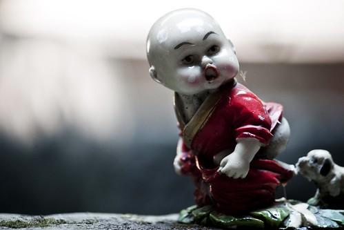china boy dog figurine chongqing chongqingshi haitangxi sunrisemingqinghostel nellumazilu