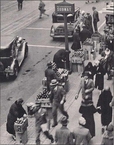 (1930's) Apple Sellers, NYC, NY0001