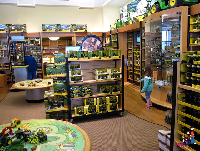 john deere a midwest icon family rambling. Black Bedroom Furniture Sets. Home Design Ideas