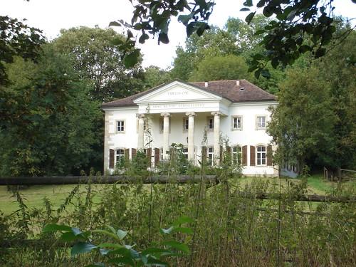 Schloss Scharnhausen