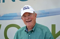 Former Missouri Senator Kit Bond