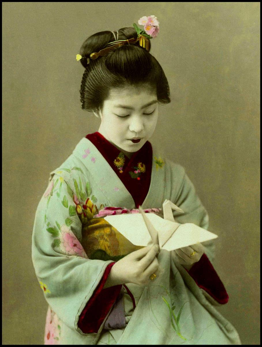 A SWEET LITTLE ORIGAMI MAIKO of OLD JAPAN | Flickr - Photo ... - photo#45
