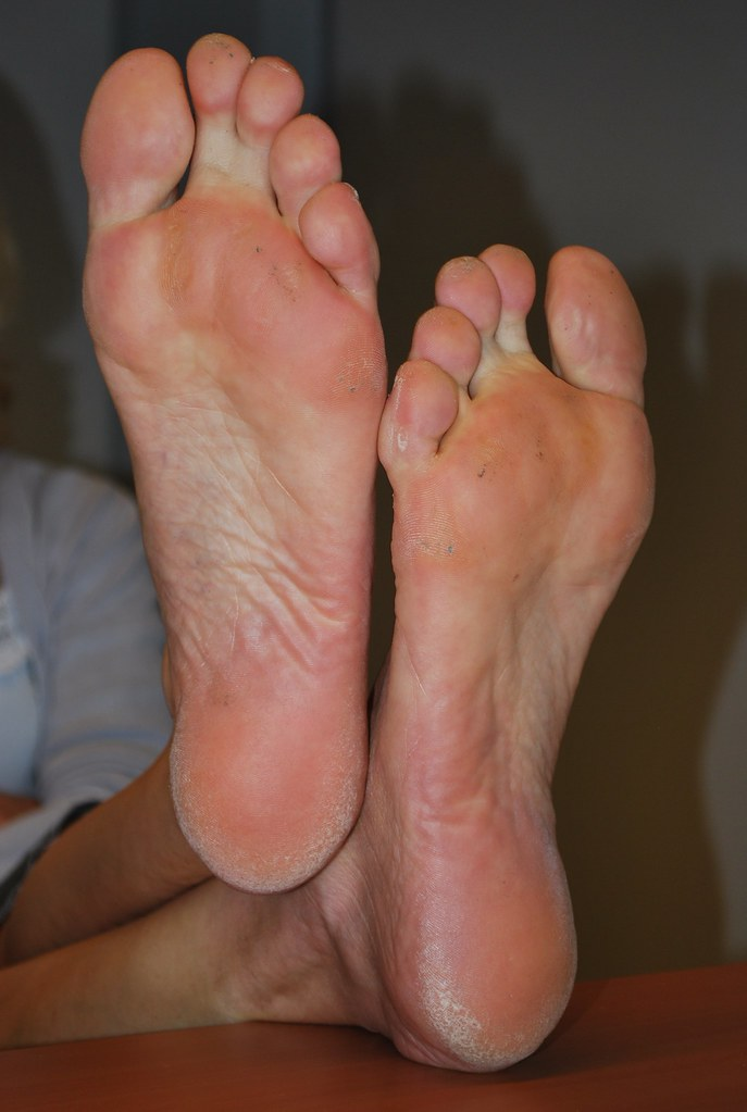 Reply))) Asian mature feet casually found