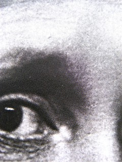 Virginia Woolf, Voltando pagina. Saggi 1904-1941. ilSaggiatore 2011;  [responsabilità grafiche non indicate]; alla cop.: ©Hulton-Deutsch Collection/Corbis. Copertina (part.) , 5