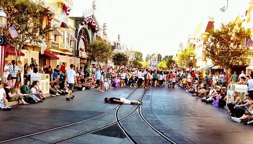 Disneyland Plank