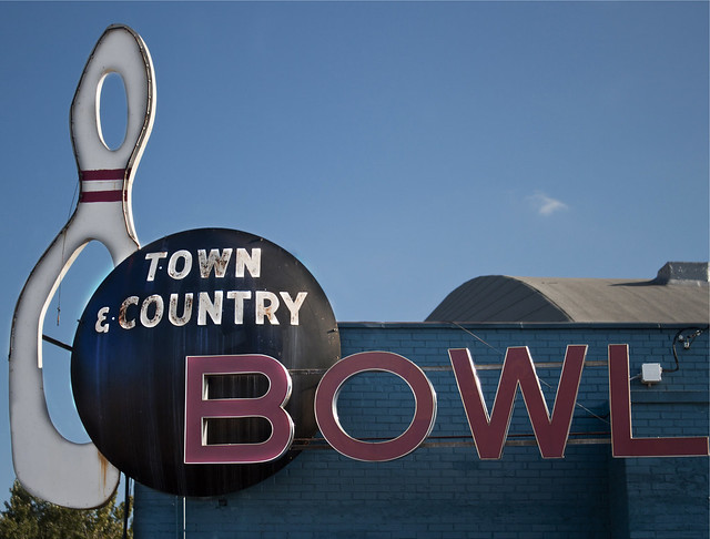 Town & Country Bowl
