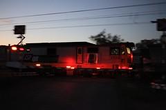 2010-05-09_1752-48a 3523 and 3507 at Bajool