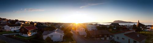 houses panorama sunrise landscape town village faroeislands tórshavn føroyar nólsoy