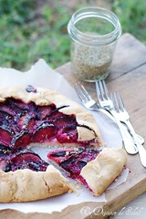 Plum galette with wild fennel