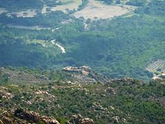 Le Castellu d'Araghju vu depuis le Castellu Muratu