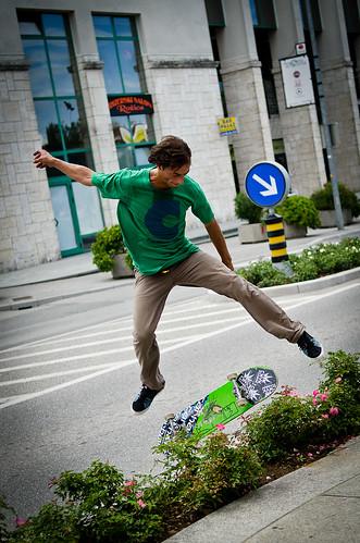 road street city boy urban underground town jump nikon strada shot candid slovenia skate skateboard skater salto slovenija città ragazzo novagorica 105mmf28 d7000