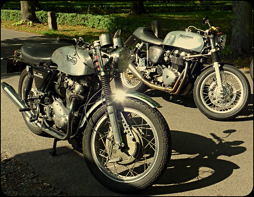 Norton vs. Triumph