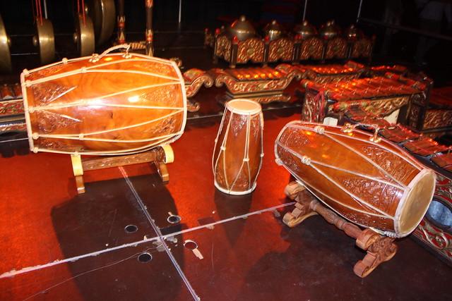 Barrel Drums 19 - Kendang [Javanese] (of Gamelan Summer ...