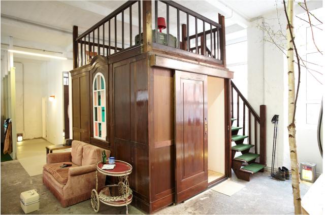 a caravan hotel room at huettenpalast berlin decor8. Black Bedroom Furniture Sets. Home Design Ideas