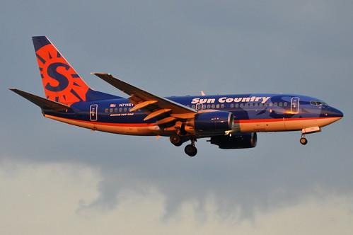 B737 - Boeing 737-73V